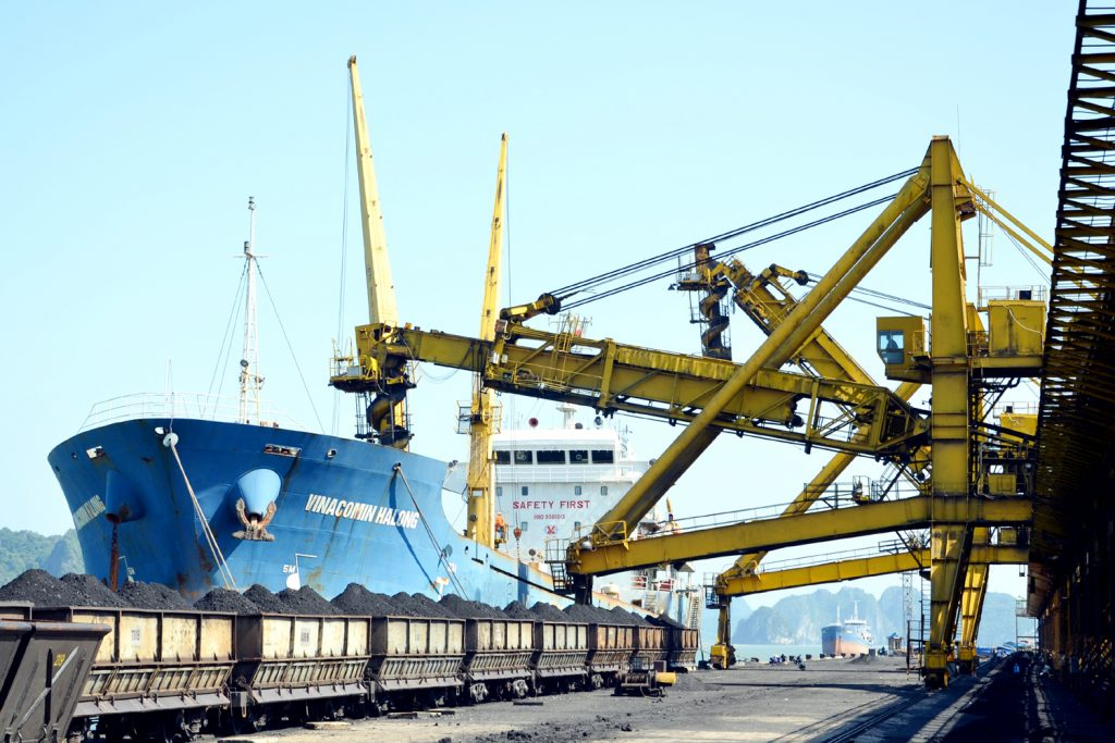 làm thủ tục hải quan xuất khẩu khoáng sản nhanh